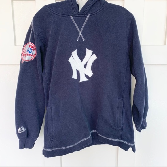 competitive price e93d2 8def8 Men's Majestic MLB New York Yankees Hoodie